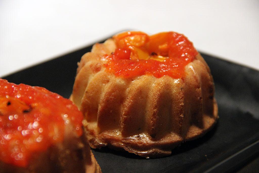 bundt-cake-sriracha-poivron-2