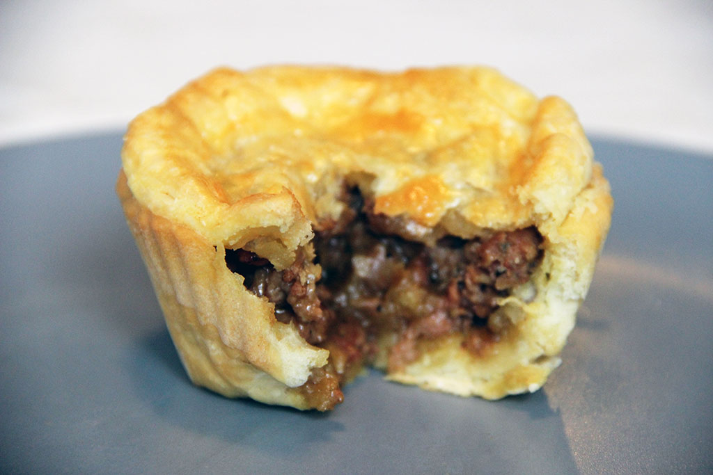 aussie-meat-pie-2