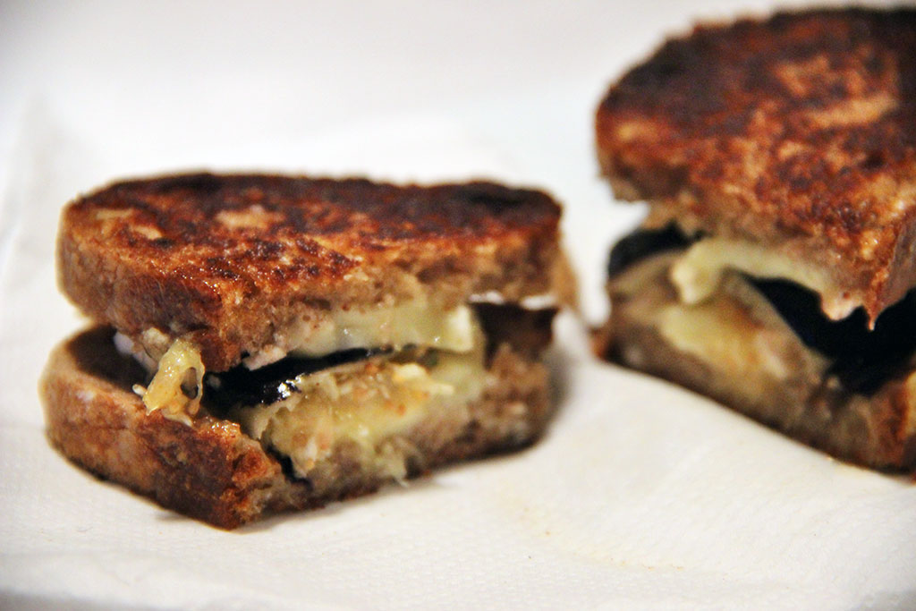 grilled-cheese-camembert-figue-2