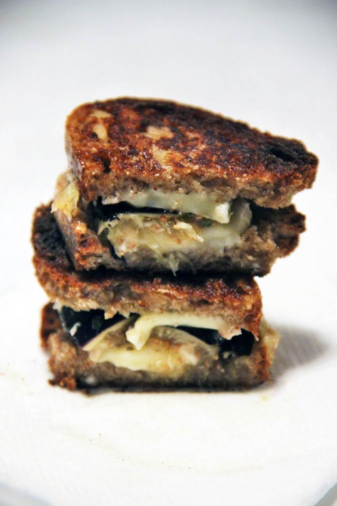 grilled-cheese-camembert-figue-3