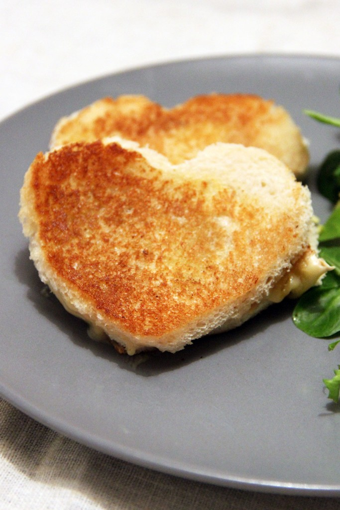 grilled-cheese-coeur-neufchatel-3