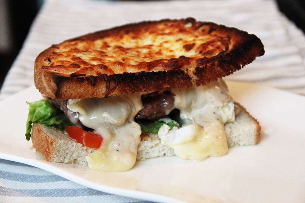 burger-geant-toaste-camembert-3
