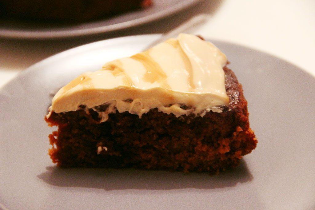 caramel-poke-cake
