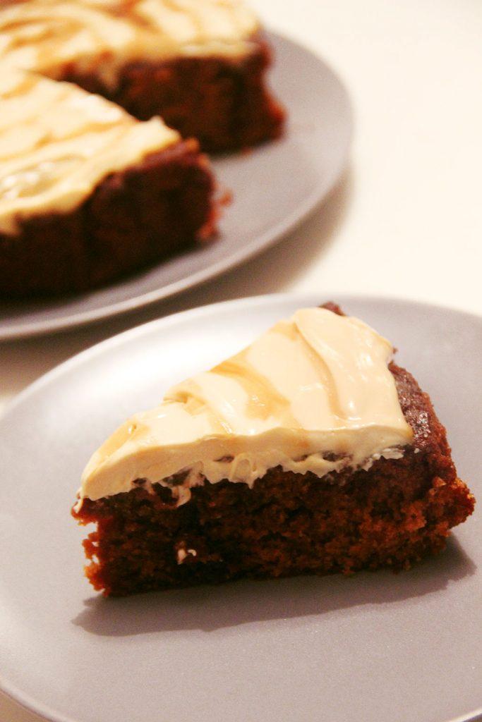 caramel-poke-cake-2