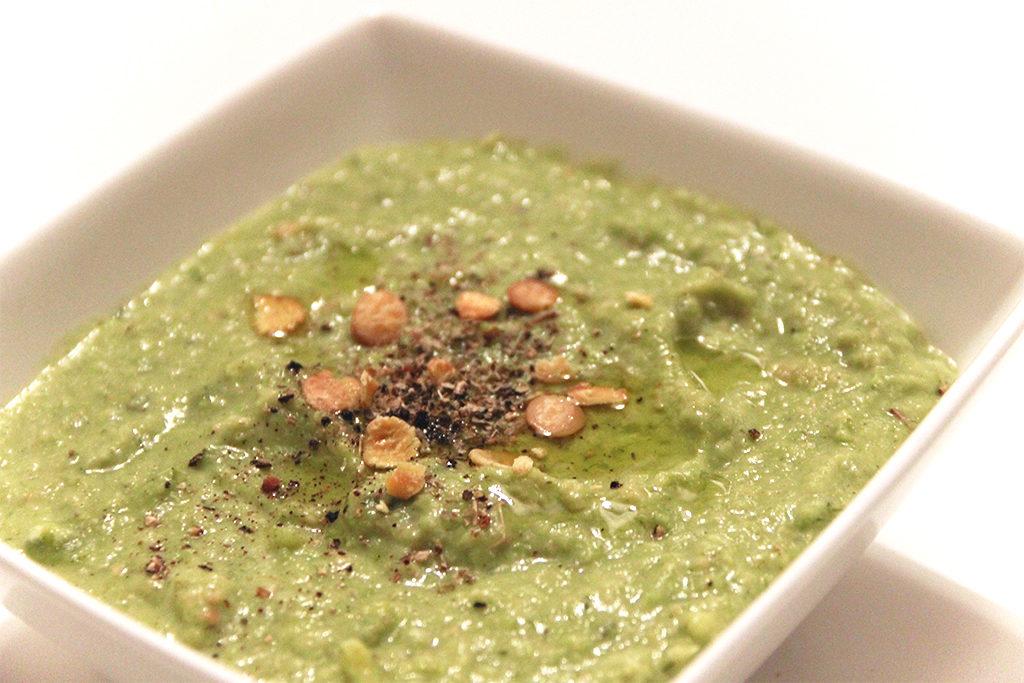Soupe de fèves aux flocons de soja toastés