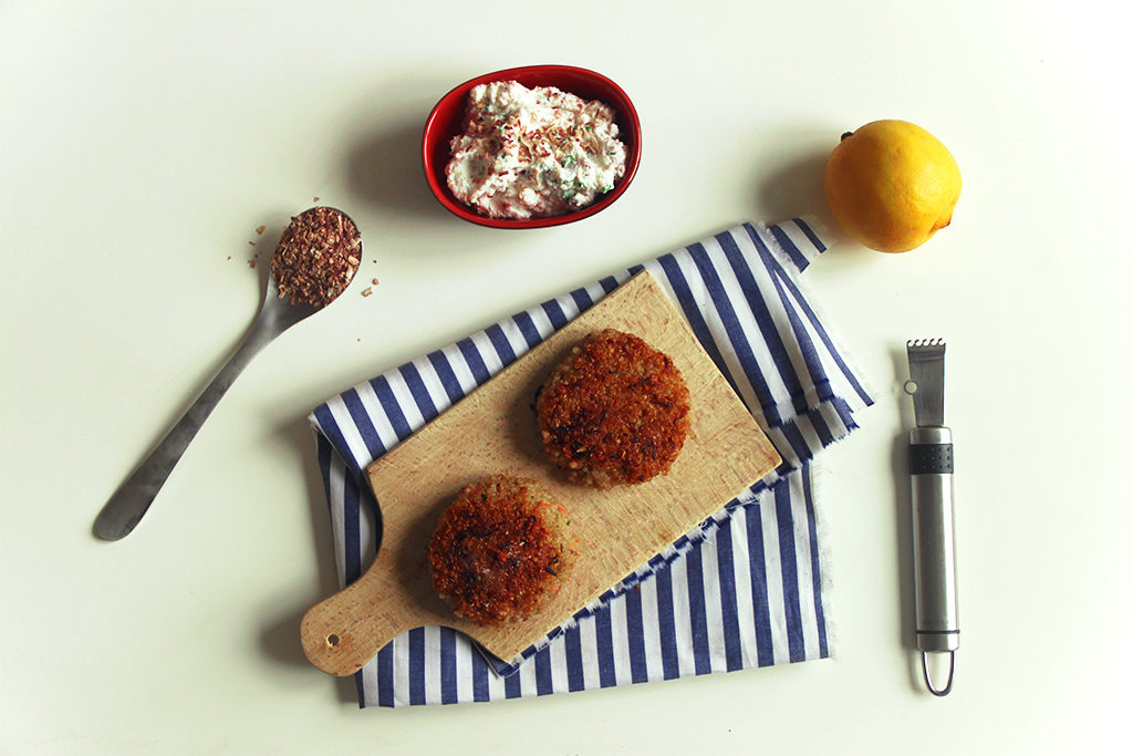 Galettes de quinoa à la ricotta et dip au citron