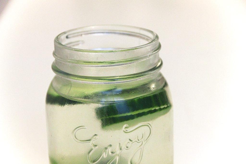 Détox water kiwi citron vert concombre