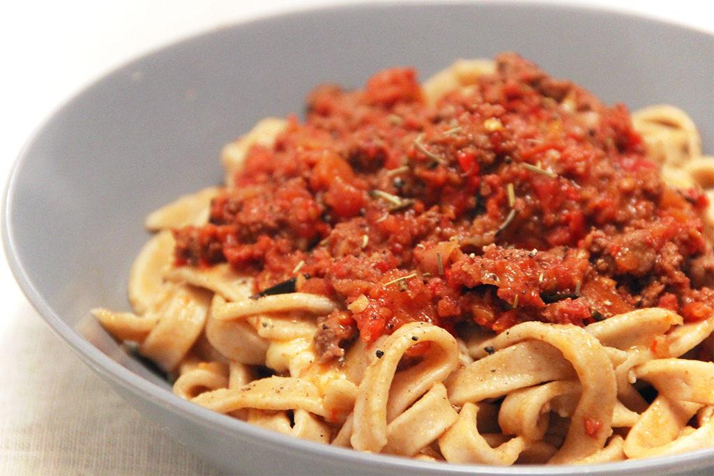 Spaghettis au chorizo et poivrons façon bolognaise