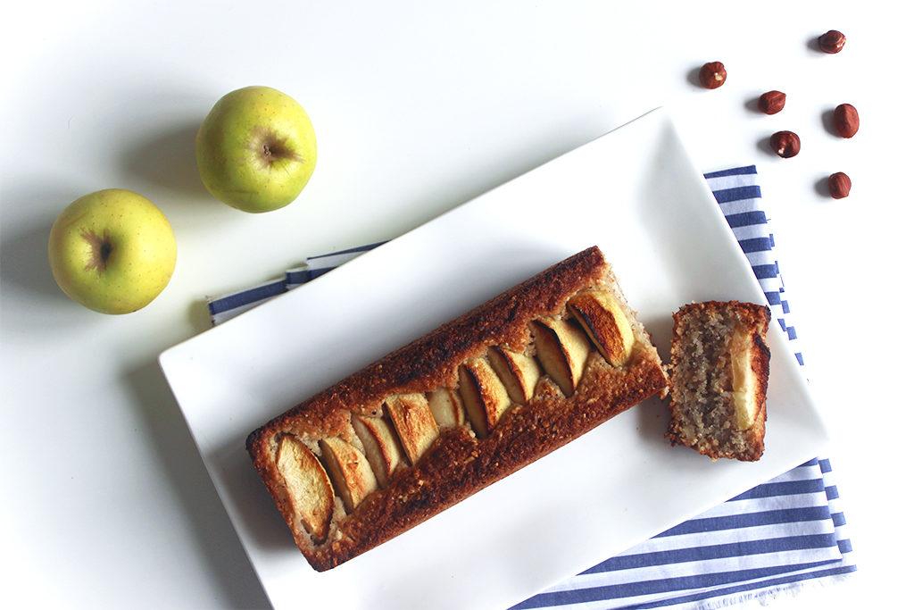 Cake aux pommes et noisettes