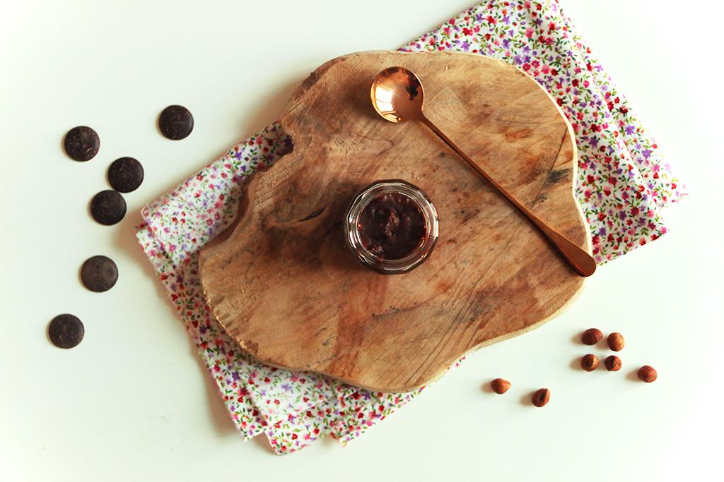 Pâte à tartiner chocolat et noisettes crunchy