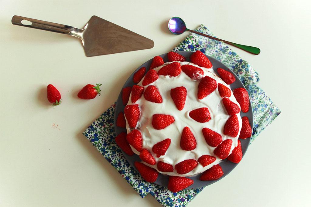 Gâteau aux fraises et crème de coco