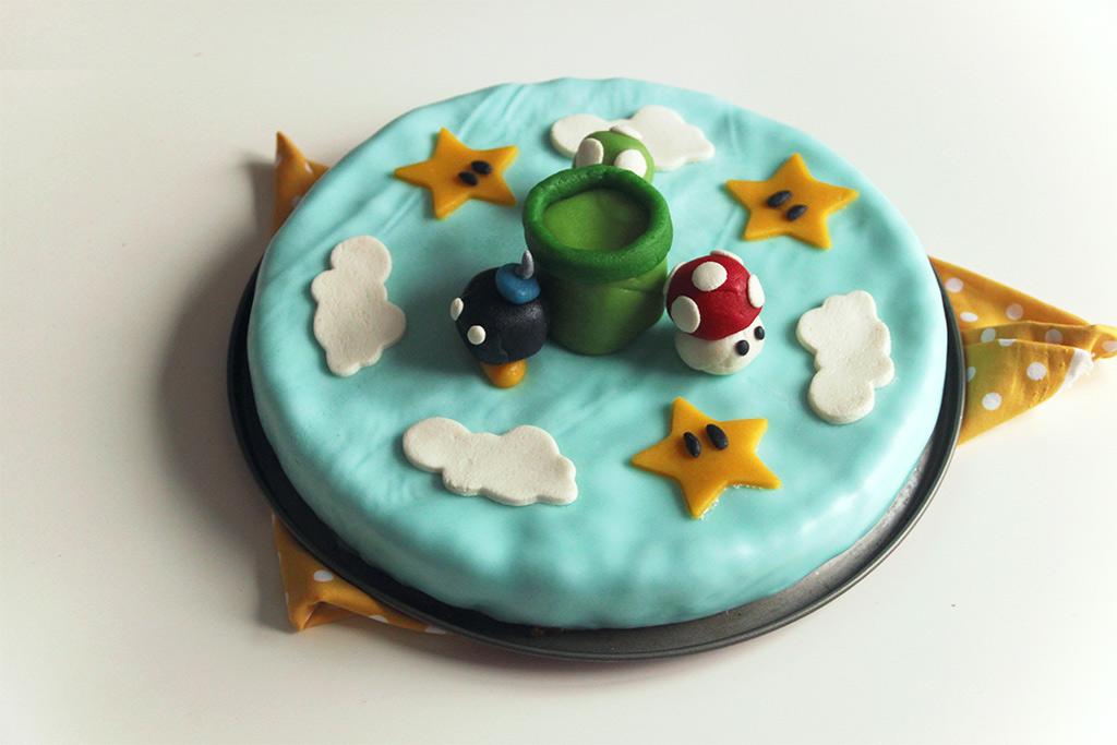 Gâteau d'anniversaire Super Mario Bros